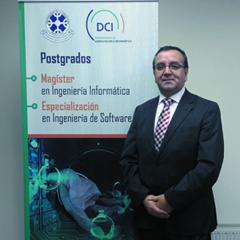 Dr. Ricardo Gacitúa Bustos : Director Subrogante Programa de Magíster y Especialización