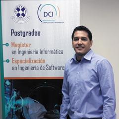 Dr. Roberto Espinosa : Académico del Departamento de Ciencias de Computación e Informática